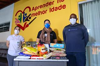 Entrega doações - Lar da Divina Providência - Iguaçu
