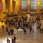 #lesphotographes #canon #friendsandwalls #chasinglight #justgoshoot #makemoments #agameoftones #grandcentral #createcommune #thecreatorclass #nurdasleben #photographyislifee #streetphotography #newyork #newyorkcity #photographyeveryday #cityphotography #b