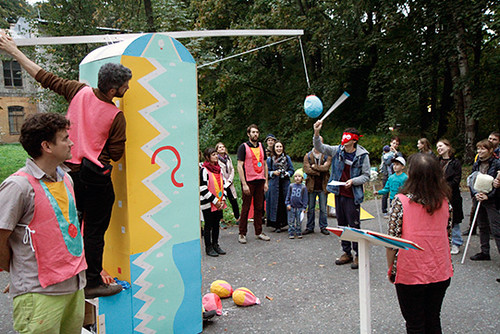 pinata_breaking_ceremony
