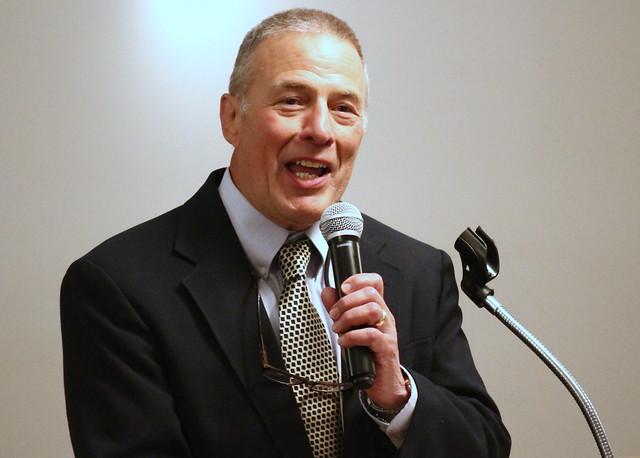 Jim Pappas, Presenter for inductee Bill Schmidt. 190504AJF0010