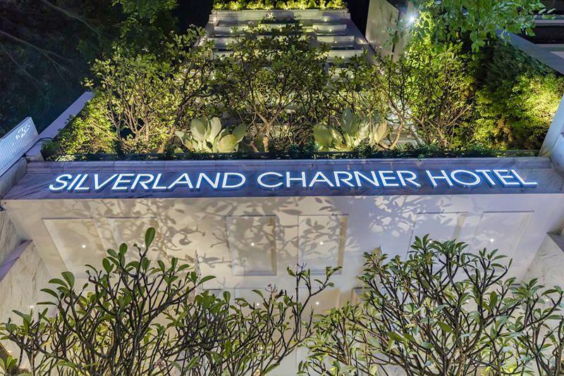 Silverland Charner 1
