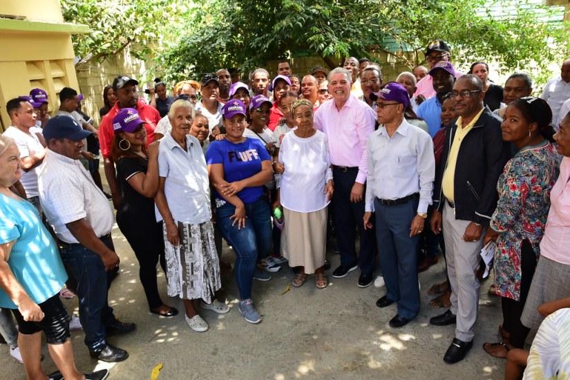 Encuentro Residencia Diputada Rudy María Mendez. Vicente Noble, Barahona.