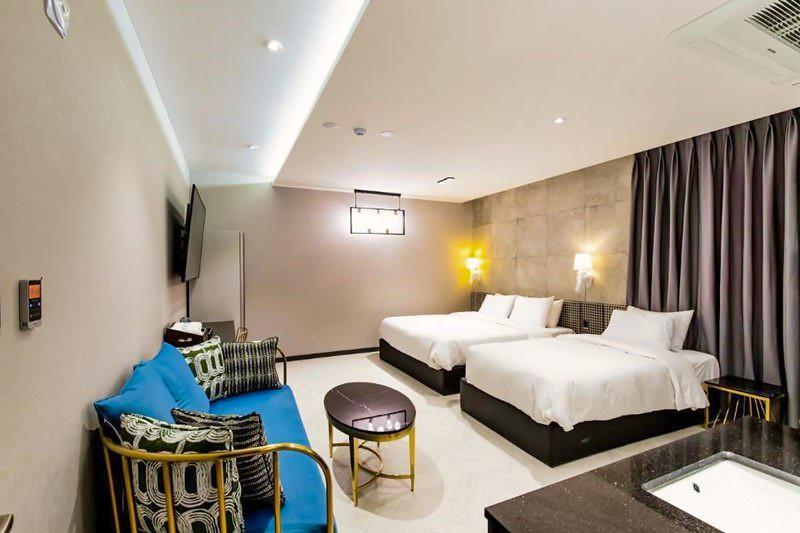 Air Sky Hotel 4