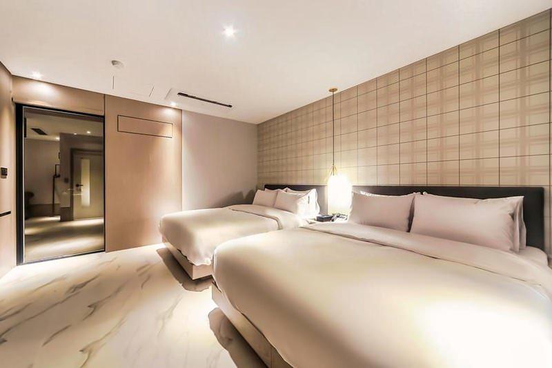 Hound Hotel Seomyeon Beomcheon 3