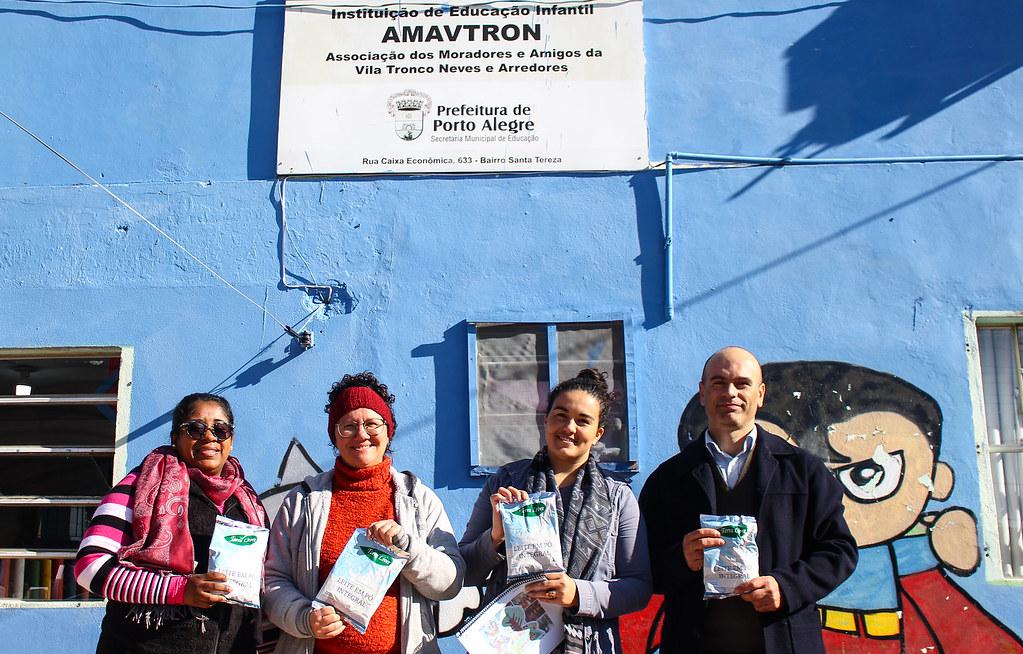 Leite em pó do MST vai alimentar de 354 crianças da Amavtron. Foto - Catiana de Medeiros-3.jpg