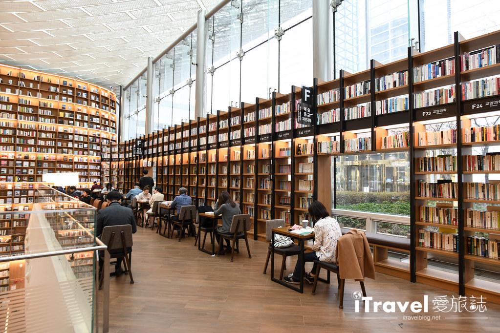 首爾星空圖書館 Starfield Library (25)