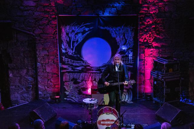 Mike Peters - The Caves Edinburgh 2019