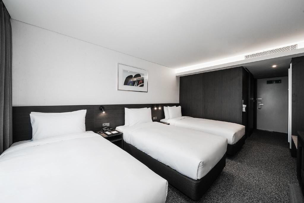 Nine Tree Premier Hotel Insadong 4