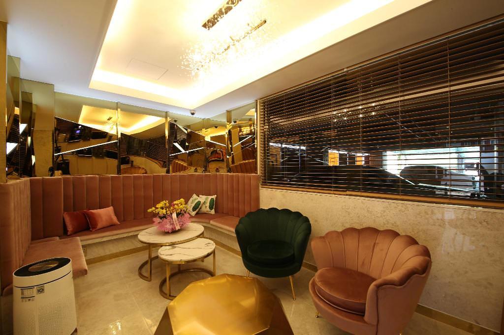 Den Basta Hotel bifc 1