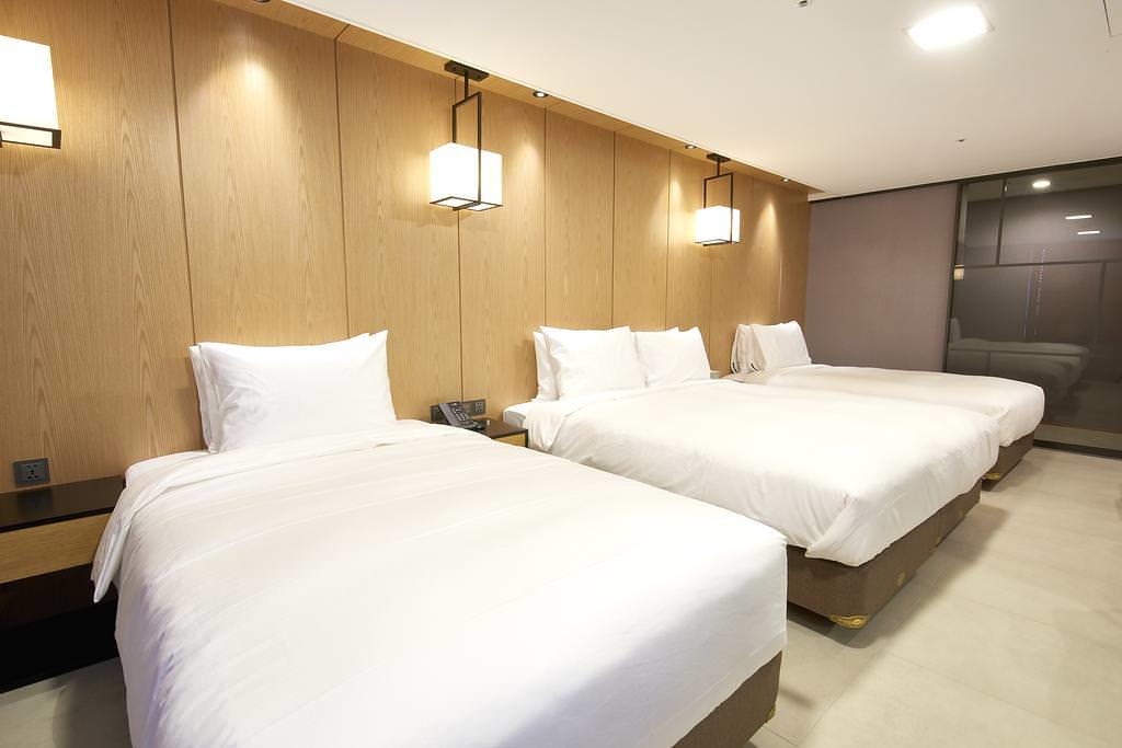 Hotel tt 2