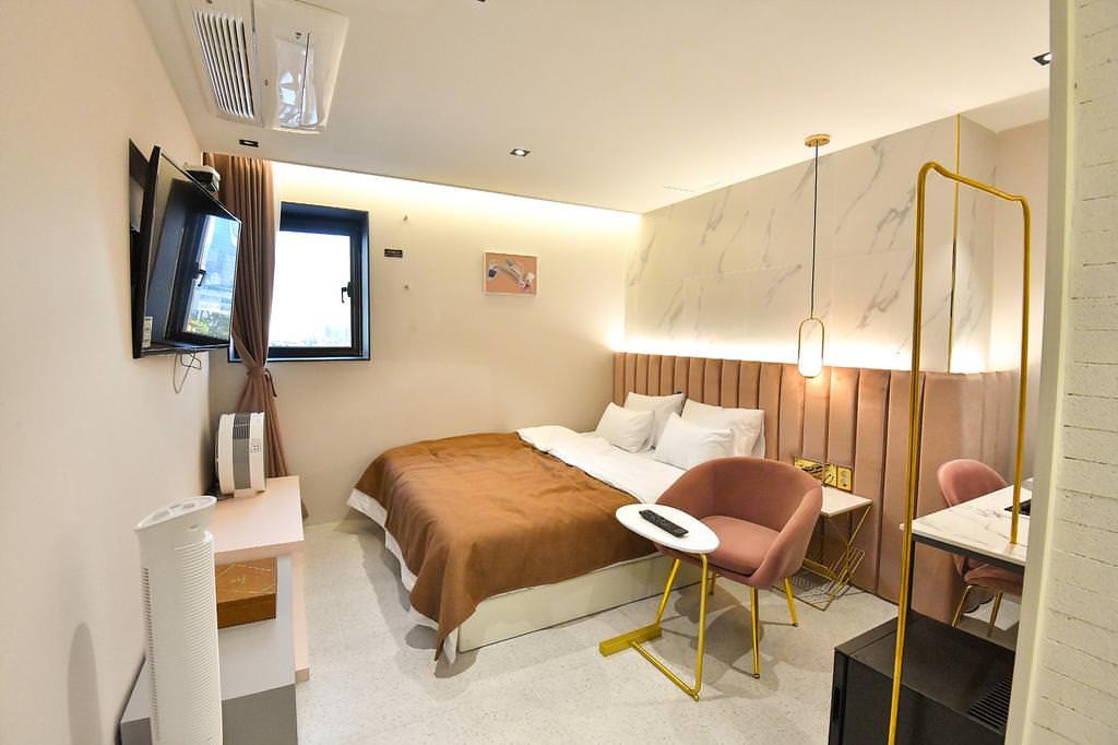 Den Basta Hotel bifc 4