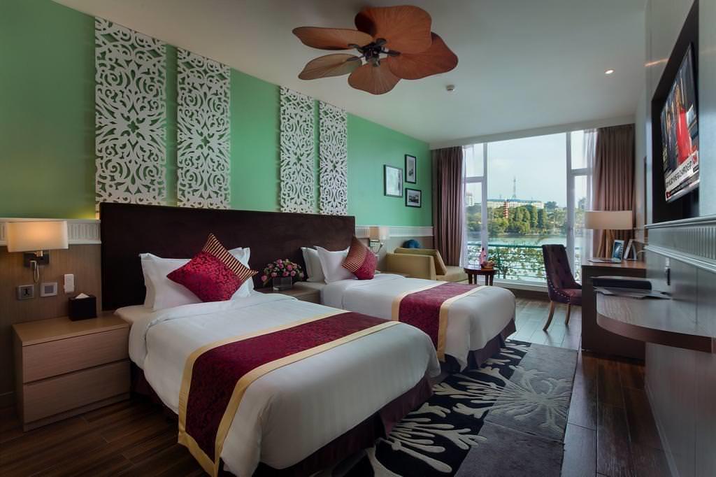 The Hanoi Club Hotel & Lake Palais Residences 3