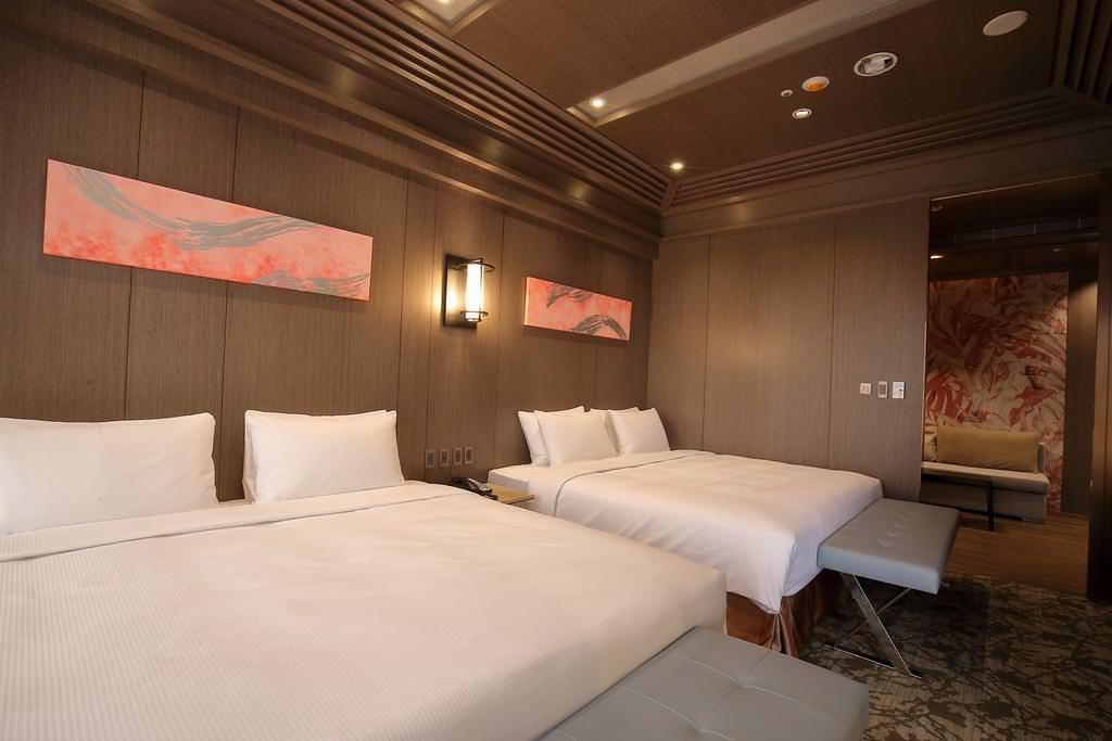 Kloud Hotel 3