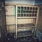 Opuszczona wartownia wojskowa z aresztem
