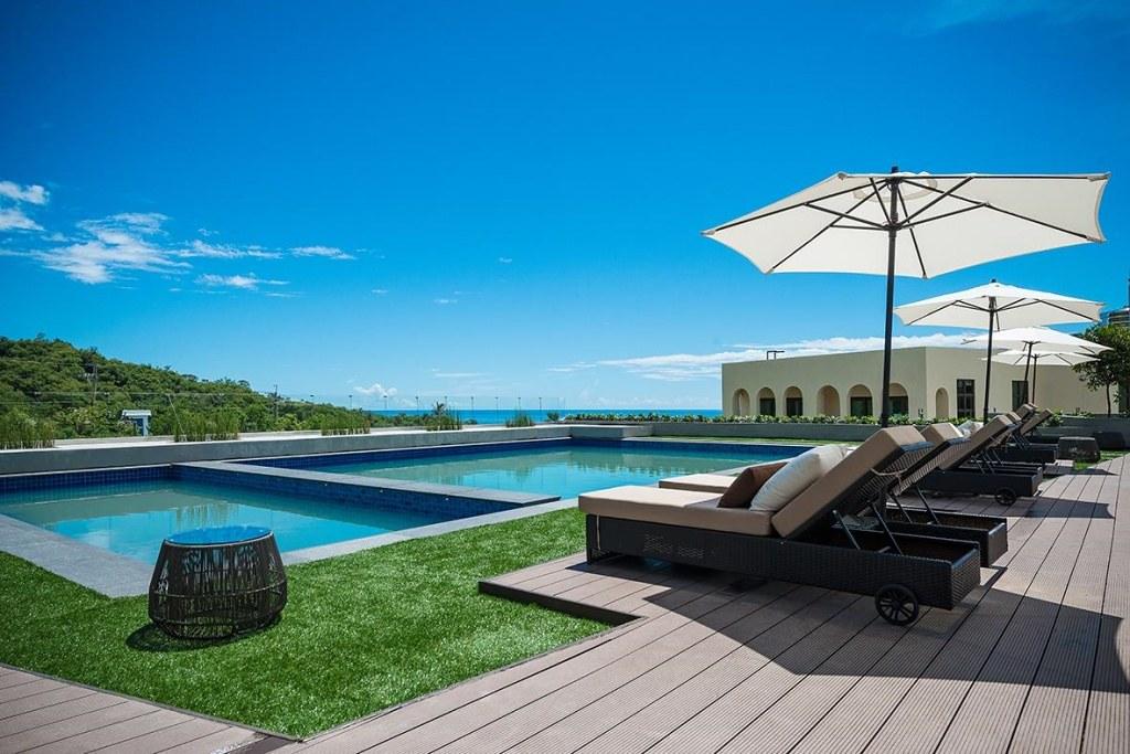 Lucent Resort 4