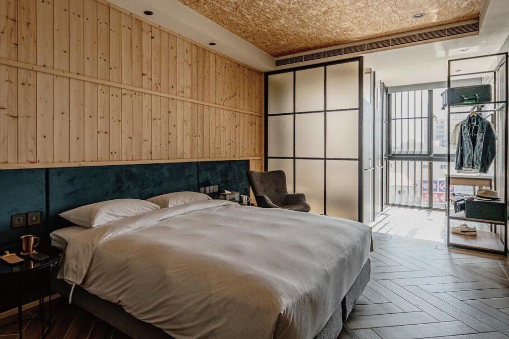 Oinn Hotel & Hostel 3