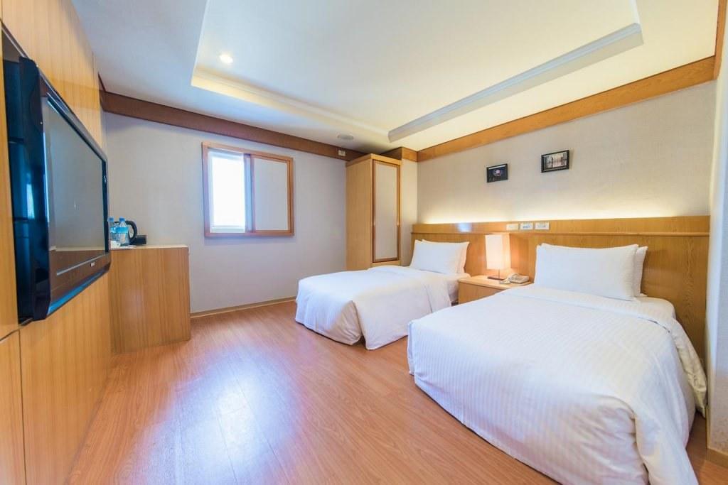 The Rivero Hotel 3