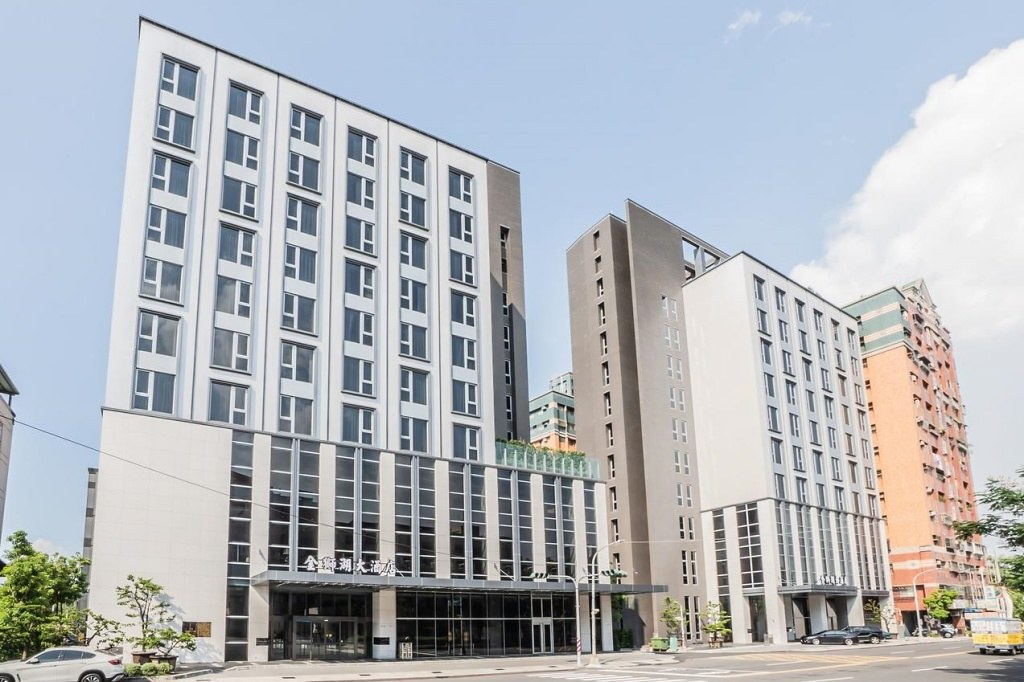 Jin Shi Hu Hotel 1