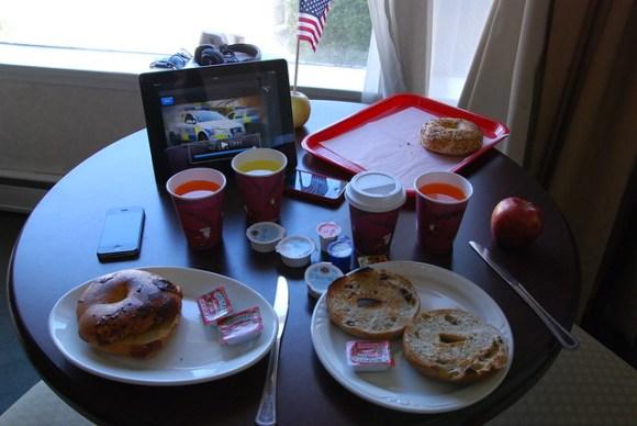 Frukostvanan - ipad-morgon-tv, bages och SF-utsikt