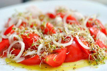 salata de rosii si germeni (1 of 4)