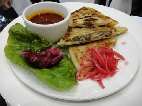 Entree Lamb Roti provided by Makan2