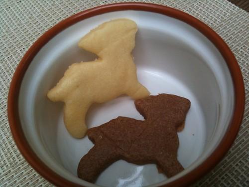試食でいただいたクッキー。ヤギの形だそうです。