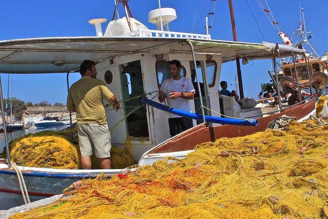 Filet de pêche au port de Vlychada, Santorin, Grèce