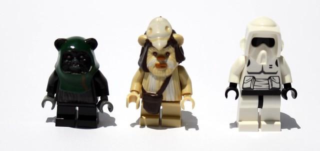 Ewok Attack Minifgures