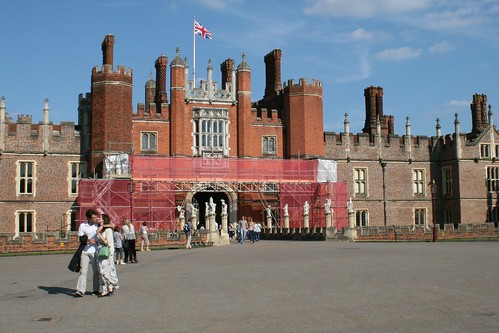 Hampton Court Palace entrance