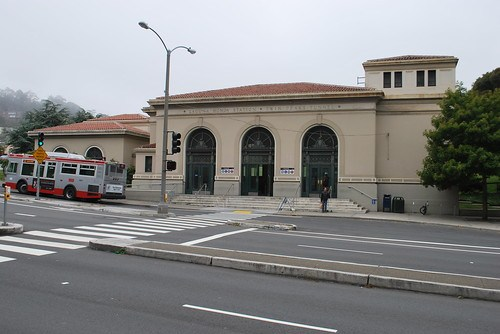 Forest Hill MUNI station