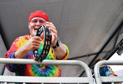 Sir Round Sound, I Think that's His Name, Shows Off Tamborine Skills, Van Wezel's Friday Fest, July 15, 2011