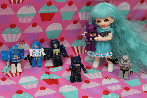 Bubbles plays with transformers