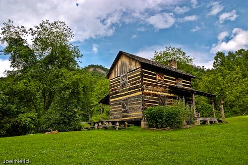 Gladie Cabin 2