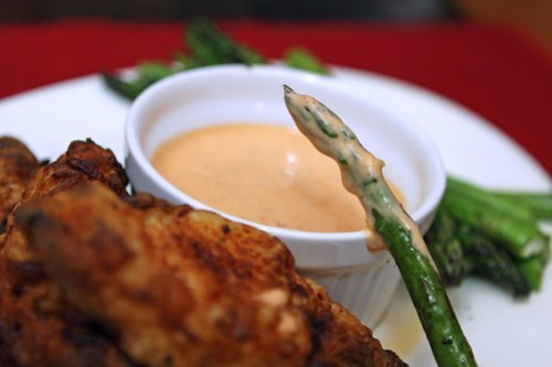 asparagus in dipping sauce