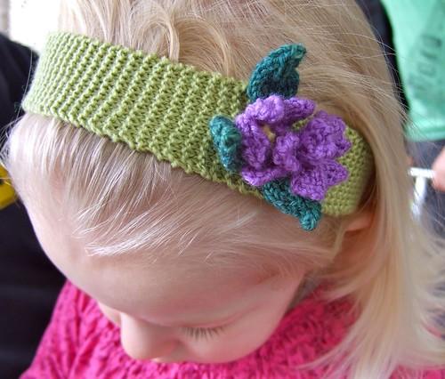 headband - close