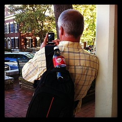 Awesome hubs @labeldude toting my bag & instagramming #wwpw