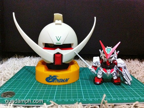 Turn A Gundam Head Display Coin Bank (1)