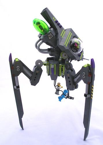 Advanced Tripod Invader