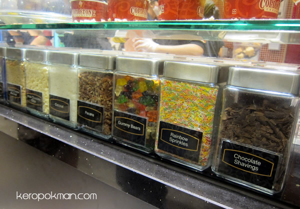 Pick your toppings!