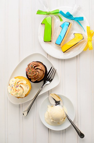 Cupcake and Ice Cream - July 16, 2011 by TripleScoop