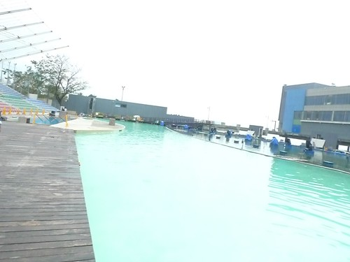 Hotel H2O pool