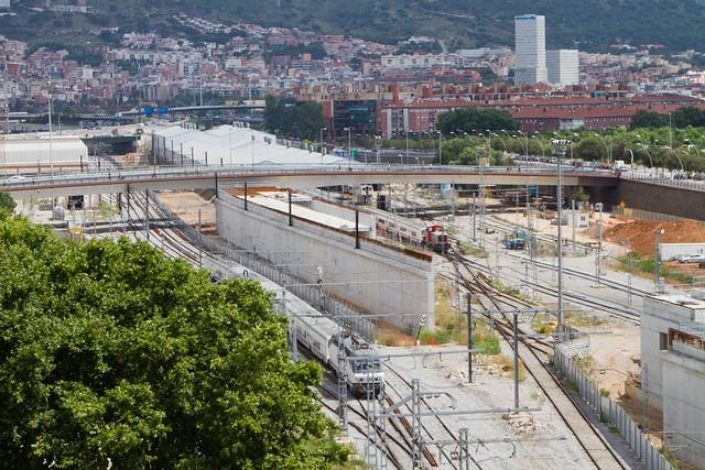 Zona de la estació de Sant Andreu - Detalle de los viales junto al puente de La Maquinista - 28-07-11