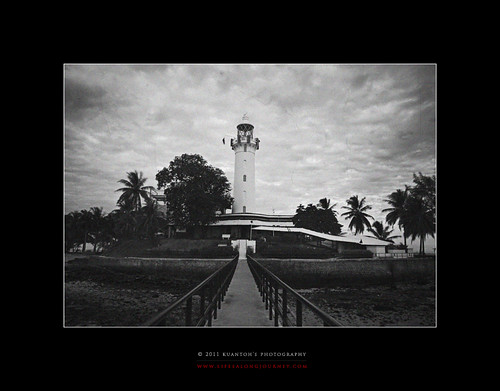 Archives_2005_to_Present #168 - Raffles Lighthouse Against the Test of Time by kuantoh