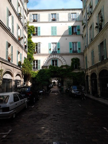 Paris courtyard