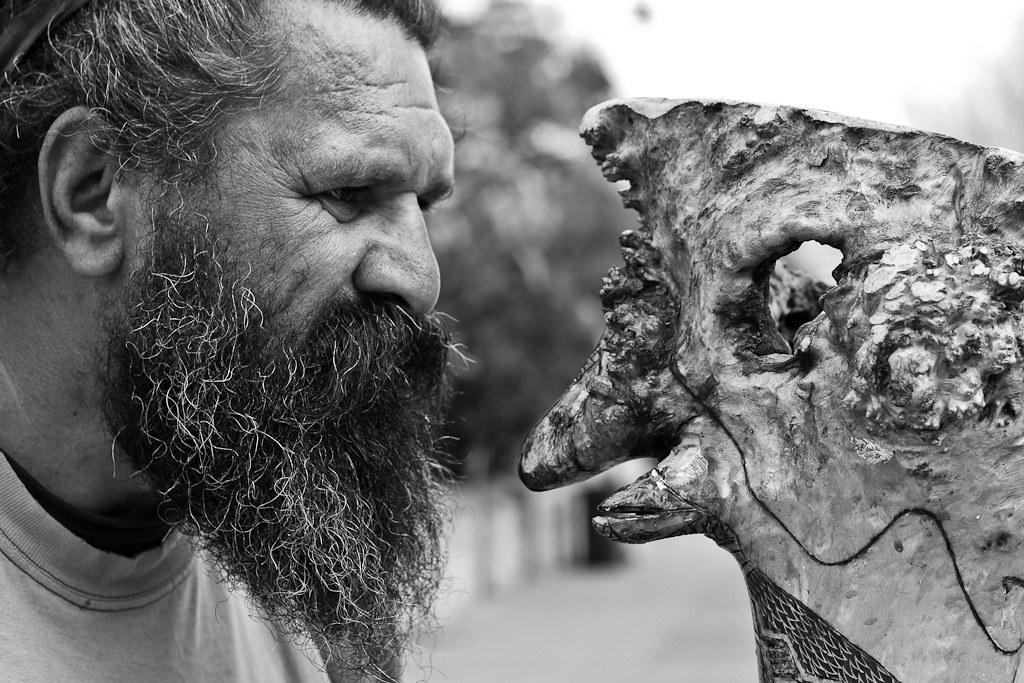 """J62 / Meet a Stranger : an Aborigines and his """"Emu"""" didgeridoo"""