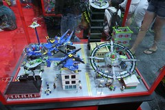Alien Conquest Display Case - LEGO Booth at Comic Con - 1