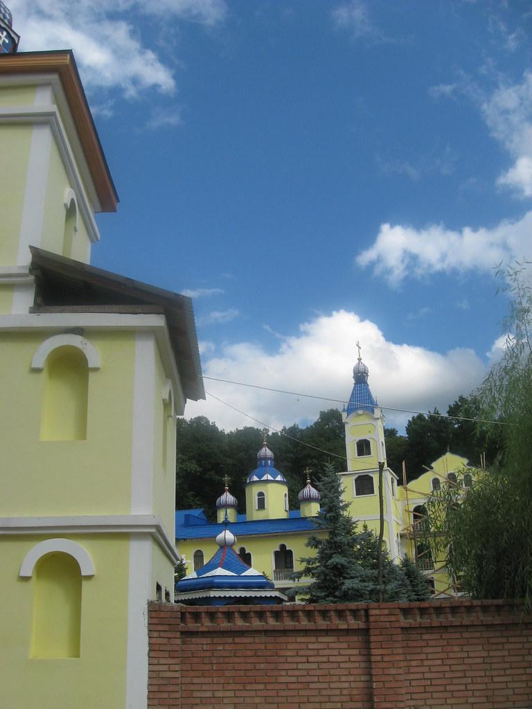 Manastirea Veverita9