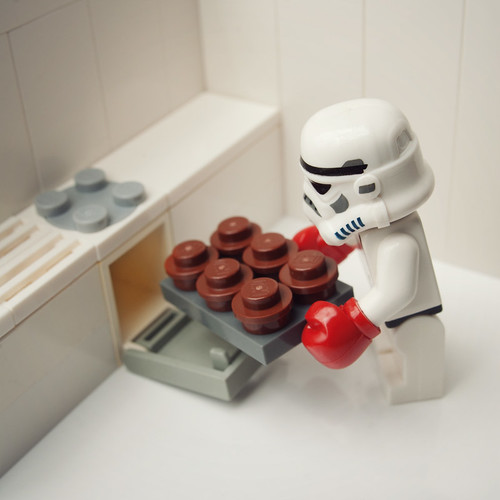 Imperial Cupcakes by Balakov