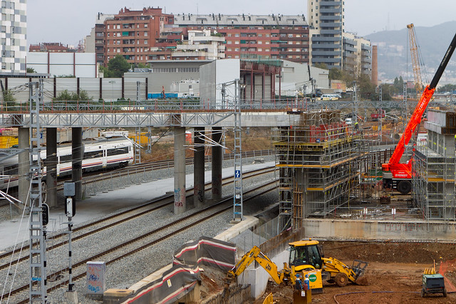 Detalle de la continuación del nuevo puente hacia el lado mar- 03-11-11