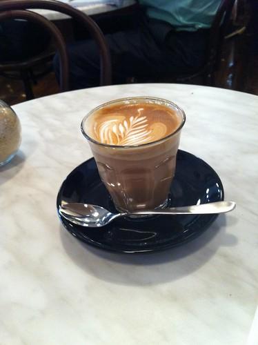 decaf latte - 80 bay - ultimo
